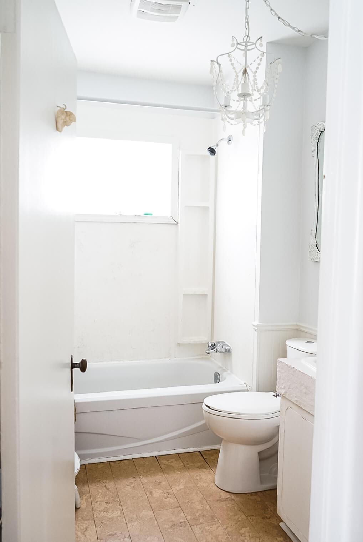 Fixer-Upper-Bathroom-2