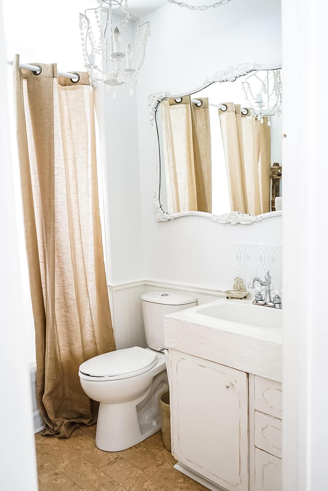 Tiny-Bathroom-Renovations-2