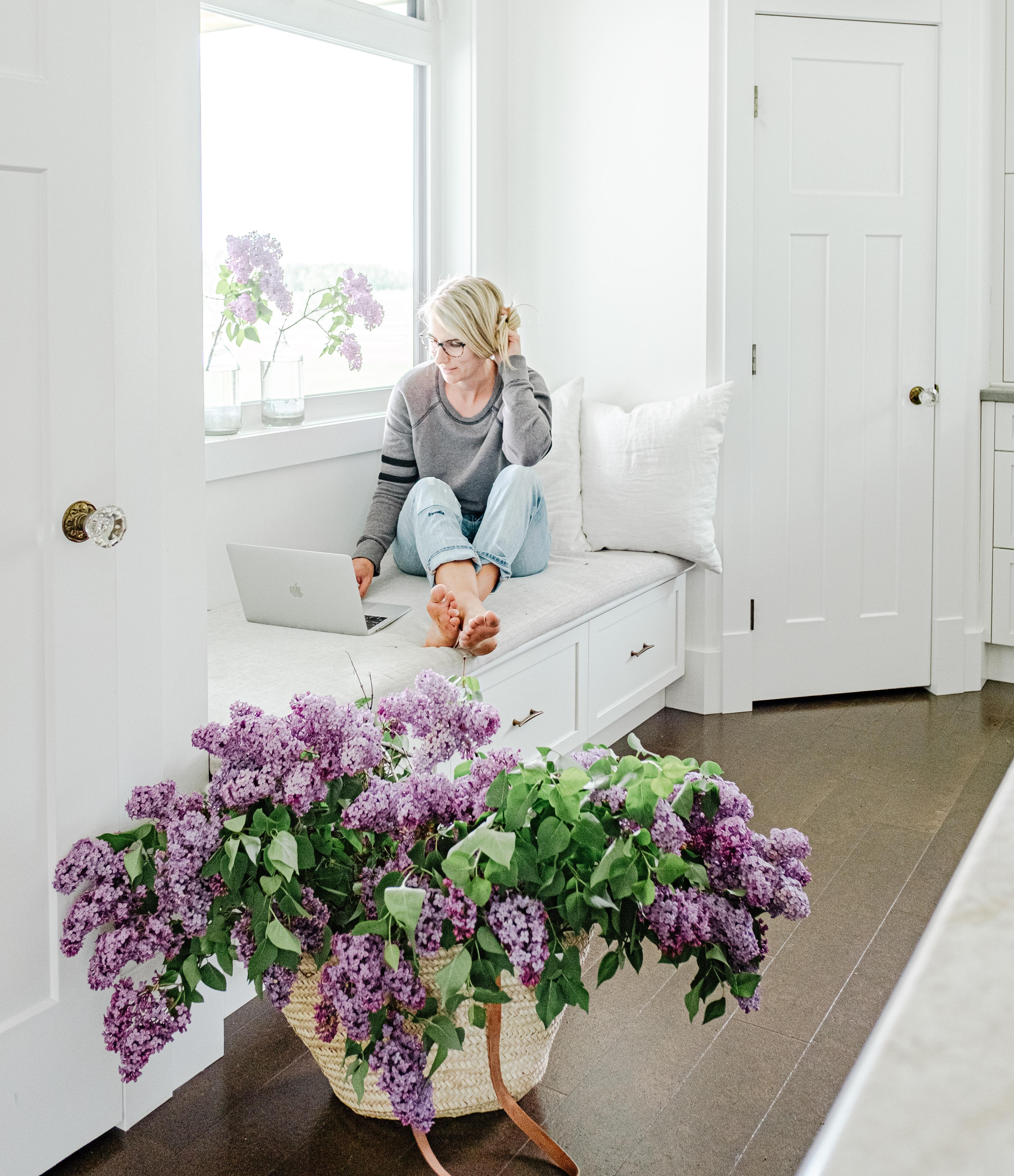 White Farmhouse Lilacs Simple Social Tools