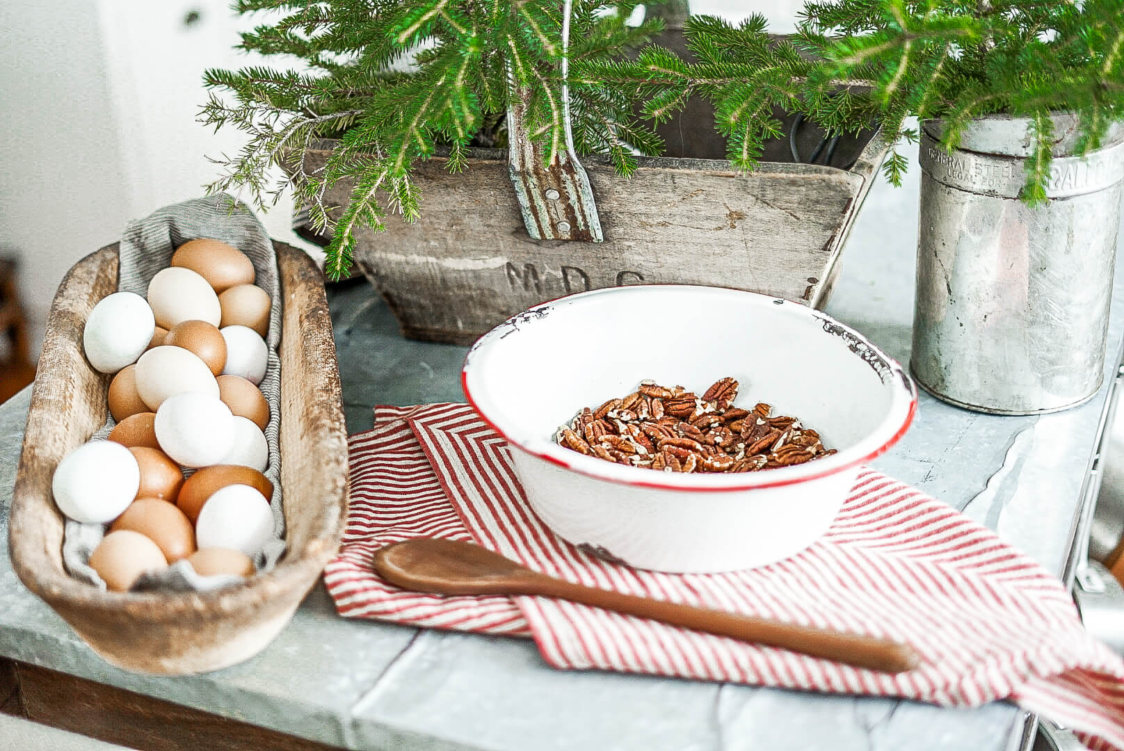 candied pecans for a holiday treat