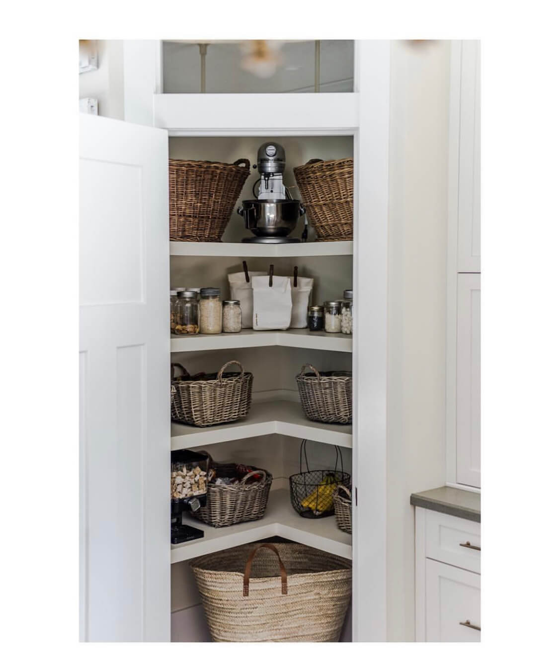 Simple Home Pantry