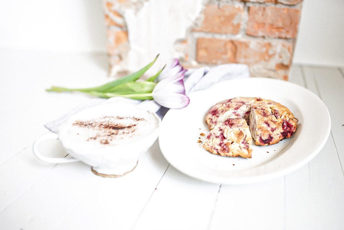 Scone Flavours tulips raspberry scone