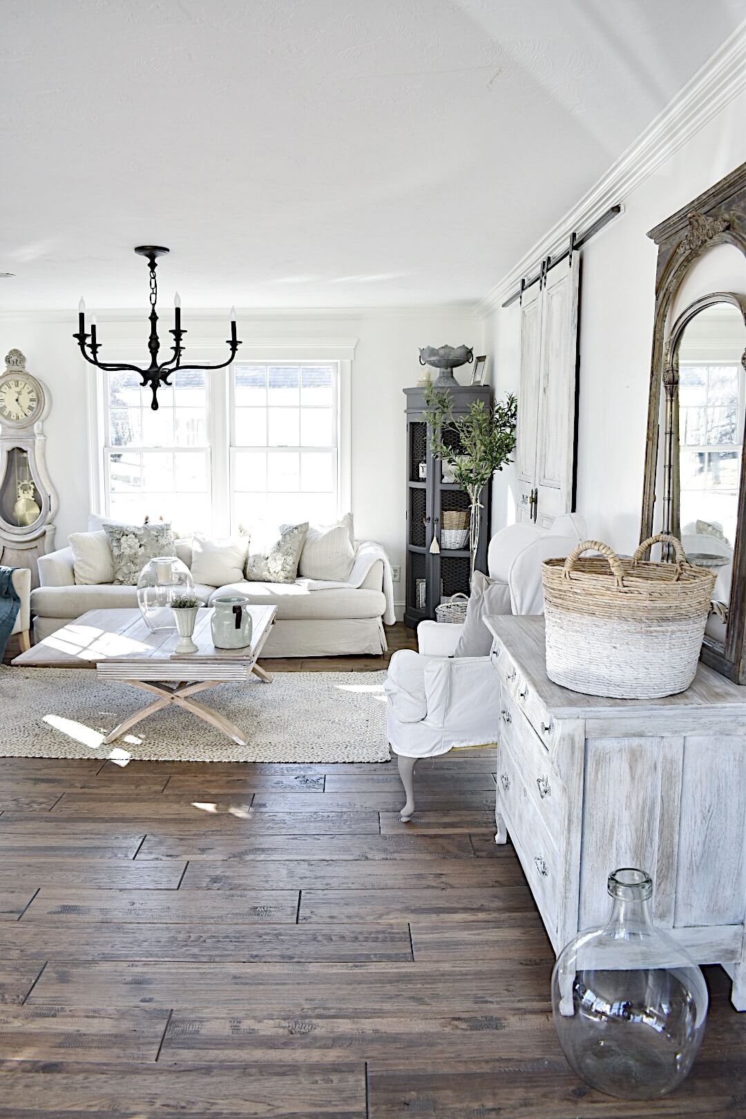 Refinishing furniture for weatherglass living room European farmhouse style