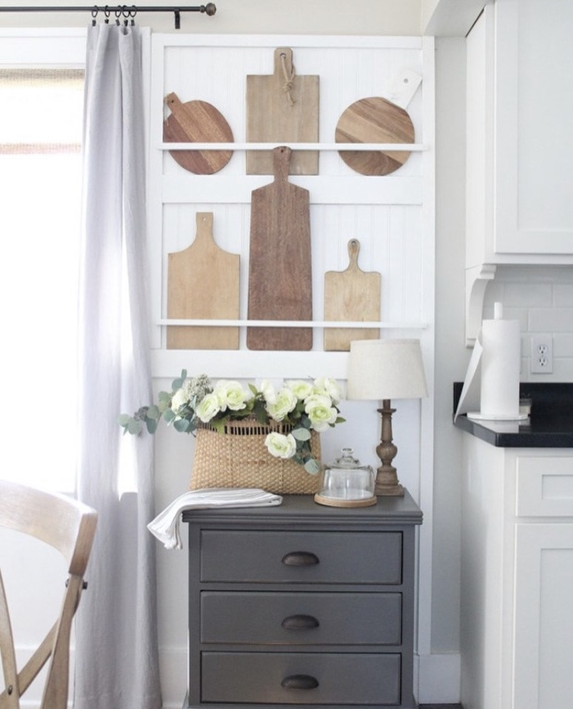 english cottage cutting board wall decor in kitchen