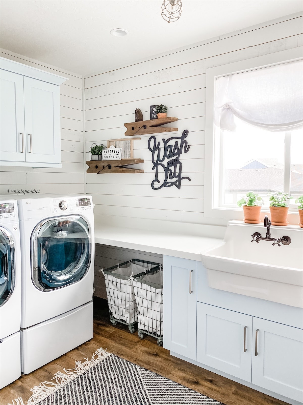 shiplap addict laundry room decor