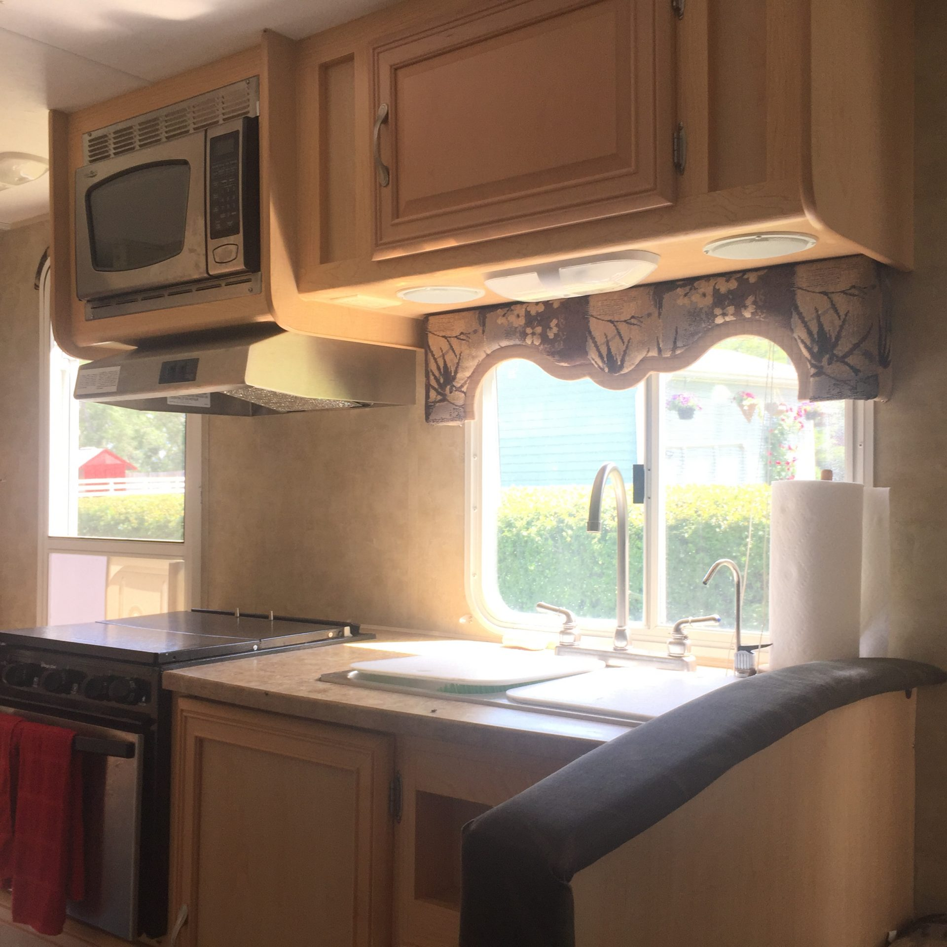before the camper remodel the kitchen